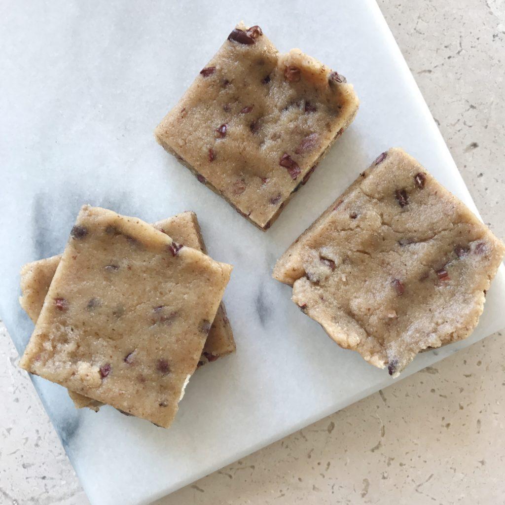 walnut-cacao-protein-bars