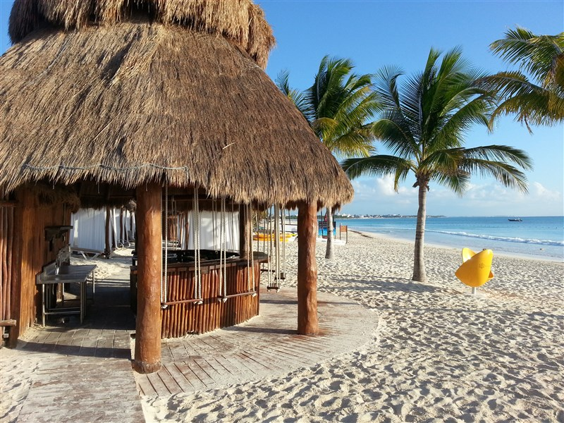 beach-bar-secrets-maroma-beach