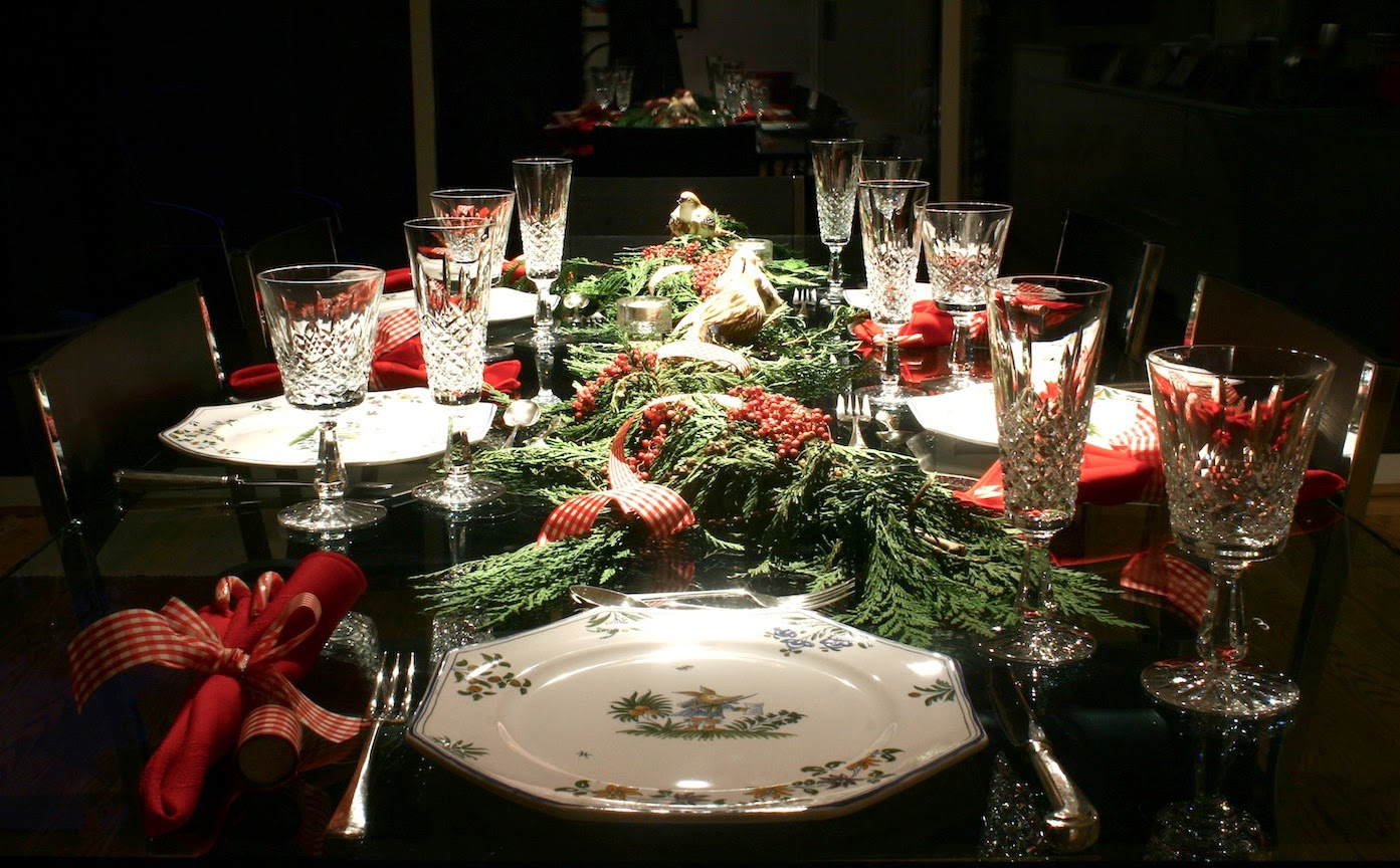 Staying fit through the holidays the four percent - Christmas table setting ideas ...